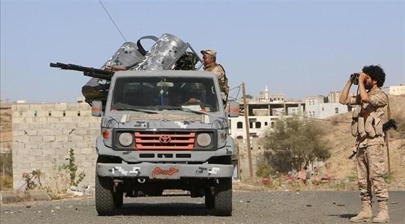 مركبة عسكرية وجنود من الجيش اليمني (أرشيف)