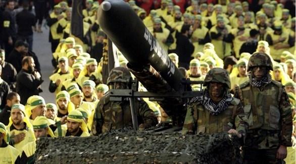 عناصر من ميليشيا حزب الله في لبنان في استعراض عسكري (أرشيف)