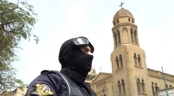 الشرطة المصرية أثناء تأمين الكنائس (المصدر)