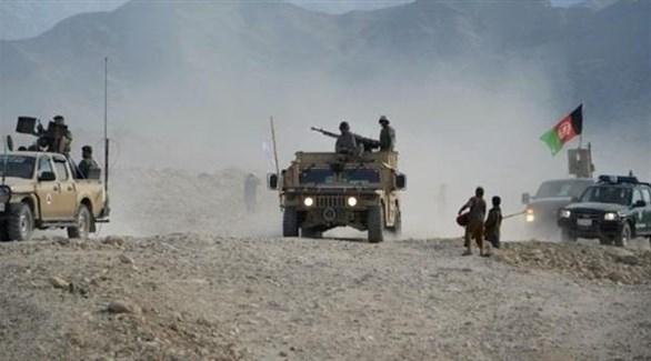 مدرعات وجنود من الجيش الأفغاني (أرشيف)