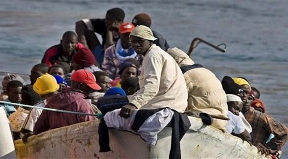 مهاجرون غير شرعيون في طريقهم إلى أوروبا عبر المتوسط (أرشيف)