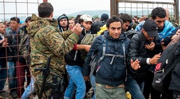 مهاجرون يحاولون دخول مقدونيا (أ ف ب)