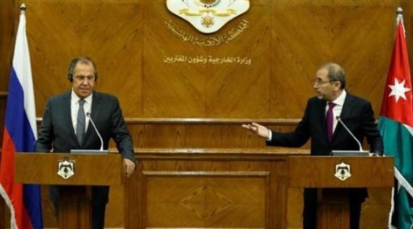 وزير الخارجية الأردني أيمن الصفدي ونظيرة الروسي سيرغي لافروف (أرشيف)