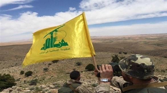 مسلحون من حزب الله في نقطة مراقبة عسكرية (أرشيف)