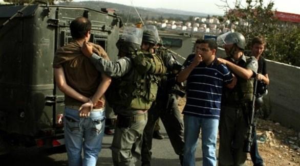 قوات الاحتلال تنفذ مداهمات واعتقالات في الضفة الغربية (أرشيف)