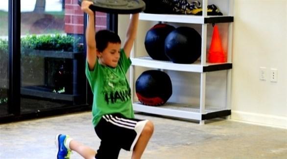 اختيار تمارين المقاومة المناسبة للطفل بين 7 و12 سنة