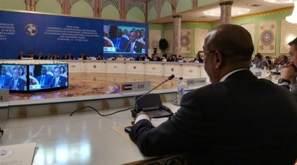 جانب من مشاكلة وفد الإمارات في مؤتمر بطاجيكستان (وام)