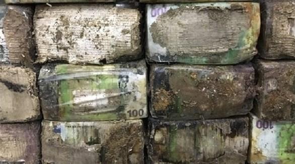 أوراق نقدية ليبية متعفنة في المخازن (أرشيف)