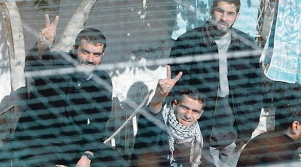أسرى فلسطينيون في سجون الاحتلال (أرشيف)