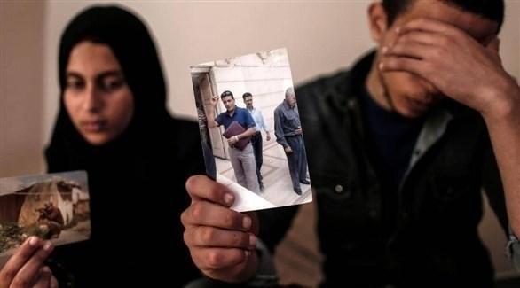 عائلة زكي مبارك تعرض صورة للمغدور في تركيا (أرشيف)