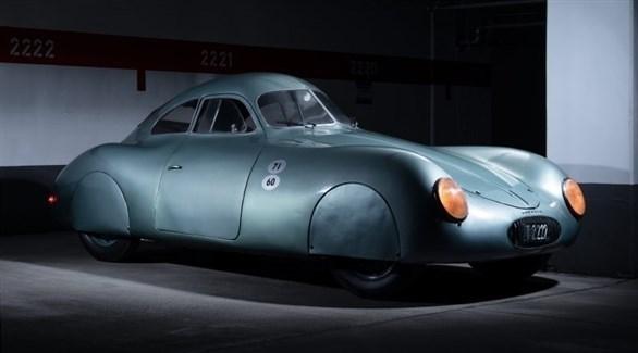 سيارة بورشه قديمة (أرشيف)