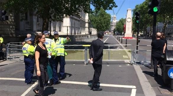 عناصر من الأمن البريطاني في وايتهول (تويتر)