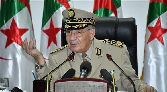 رئيس أركان الجيش الجزائري أحمد القايد صالح (أرشيف)