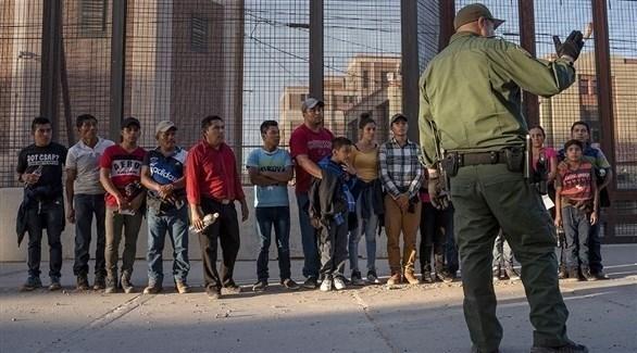 مهاجرين عبر الحدود في أمريكا (أرشيف)