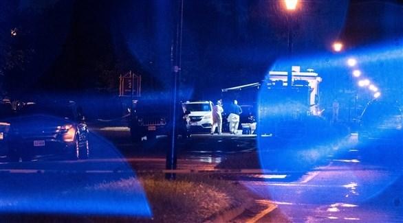 عناصر الشرطة والإسعاف في مكان الحادث (اي بي ايه)