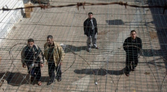 أسرى فلسطينيون في أحد سجون الاحتلال الإسرائيلي (أرشيف)