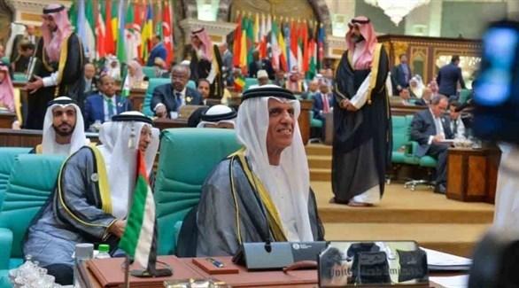 حاكم رأس الخيمة خلال حضوره الدورة الرابعة عشرة للقمة الإسلامية في مكة (من المصدر)