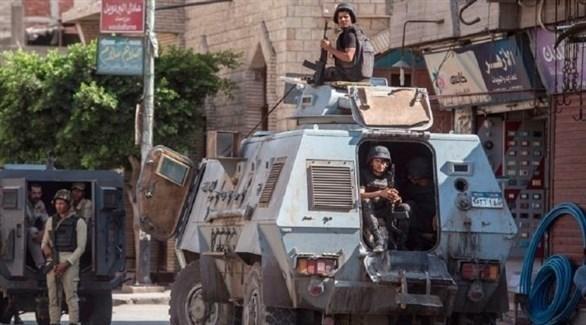 قوة أمنية مصرية في العريش (أرشيف)