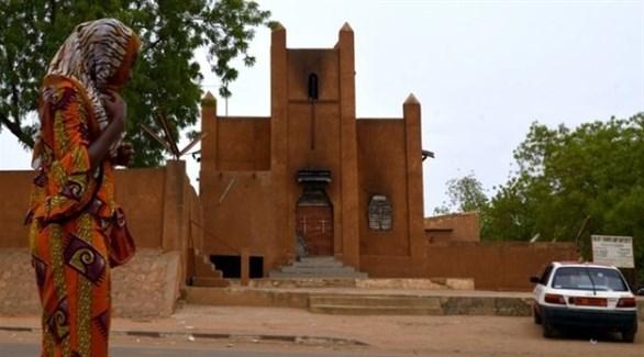 آثار حريق بعد اعتداء سابق على كنيسة في النيجر (أرشيف)