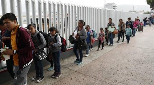 مهاجرين غير شرعيين (أرشيف)