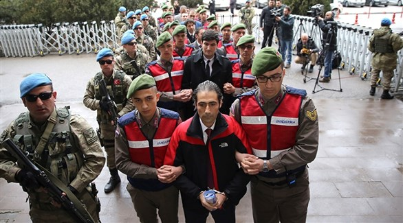 اعتقال متهمين بالتورط في الانقلاب الفاشل في تركيا (أرشيف)