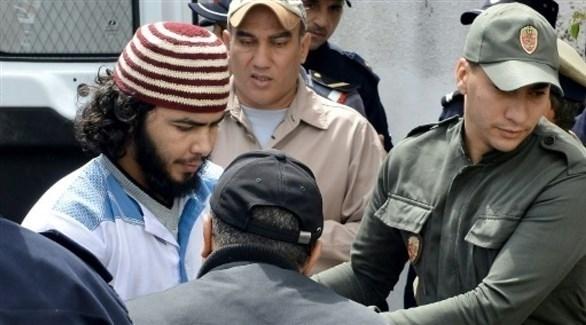 وصول أحد المتهمين بقتل السائحتين إلى محكمة سلا بالرباط (تويتر)