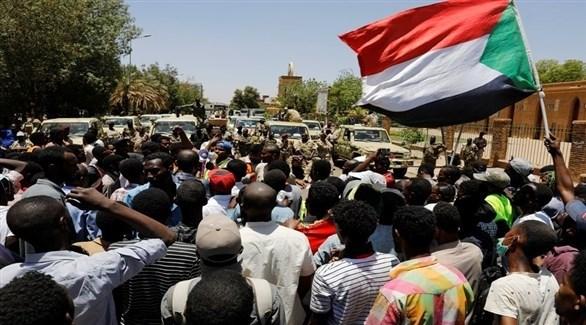 احتجاجات مناهضة للحكومة في الخرطوم (رويترز)