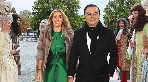 كارلوس غصن وزوجته في قصر فرساي بباريس وسط جوقة ملكية (أرشيف)