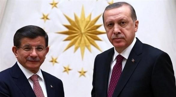 الرئيس التركي أردوغان ورئيس الوزراء السابق داود أوغلو (أرشيف)