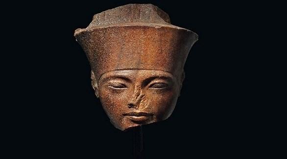 رأس الملك المصري القديم الأشهر توت غنخ آمون (أرشيف)