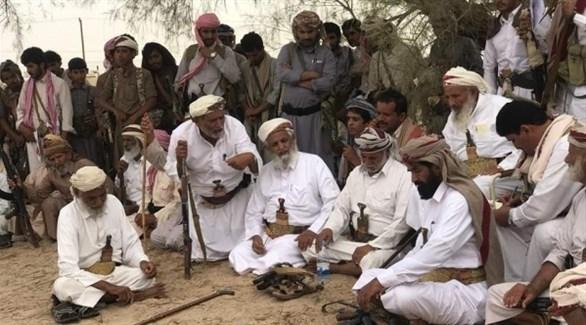 اجتماع لبعض شيوخ قبائل مأرب في اليمن (أرشيف)