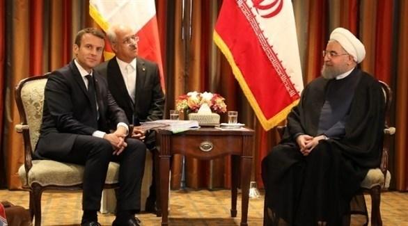 لقاء سابق بين الرئيس الإيراني حسن روحاني ونظيره الفرنسي إيمانويل ماكرون (أرشيف)