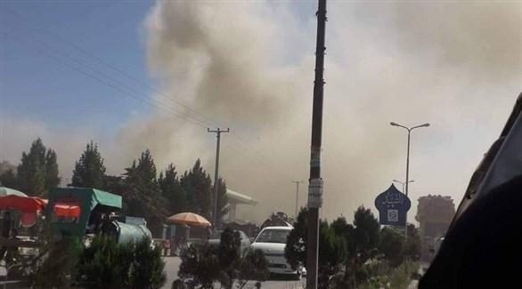 دخان في غزنة بعد انفجار السيارة الملغومة اليوم (تويتر)