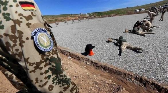 جنود عراقيون يتدربون تحت إشراف خبراء ألمان (أرشيف)