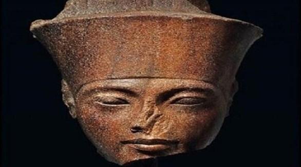 رأس تمثال توت غنخ آمون (أرشيف)