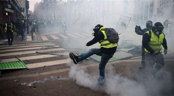 مصادمات بين الشرطة ومحتجين من السترات الصفراء في فرنسا (أرشيف)