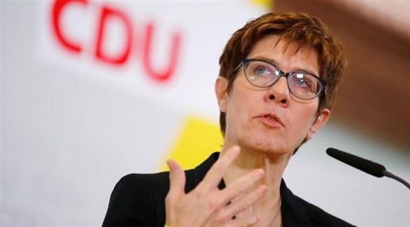وزيرة الدفاع الألمانية انيغريت كرامب كارنباور (أرشيف)