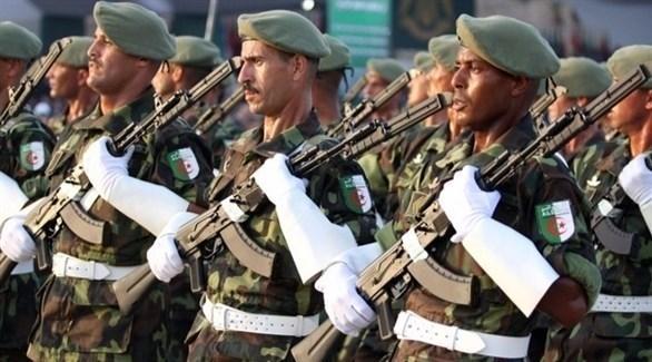 عسكريون جزائريون (أرشيف)