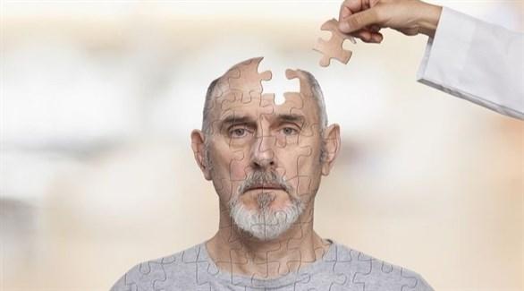انخراط الدماغ في التفاعل يساعد على الحماية من الخرف (تعبيرية)