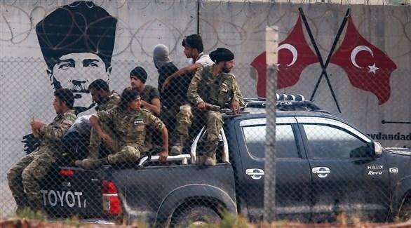 عناصر من الفصائل السورية الموالية لتركيا (أرشيف)