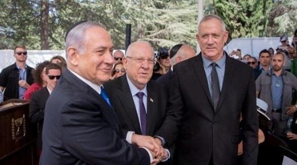 رئيس حكومة تصريف الأعمال الإسرائيلي بنيامين نتانياهو، وزعيم حزب أزرق أبيض بيني غانتس (أرشيف)