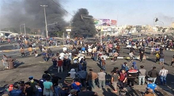 محتجون عراقيون يوم أمس في النجف (أرشيف)