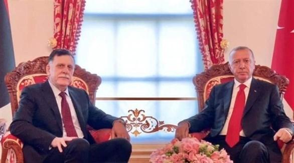 رئيس حكومة الوفاق في طرابلس فائز السراج والرئيس التركي رجب طيب أردوغان (أرشيف)