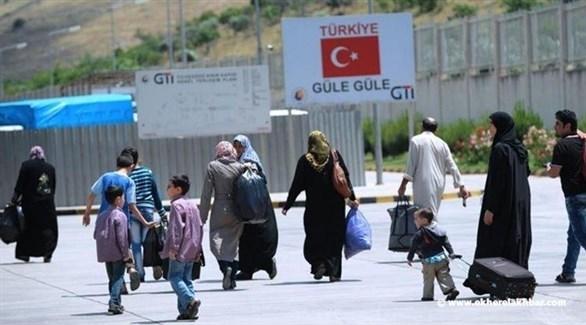لاجثون سوريون مرحلون عن تركيا (أرشيف)