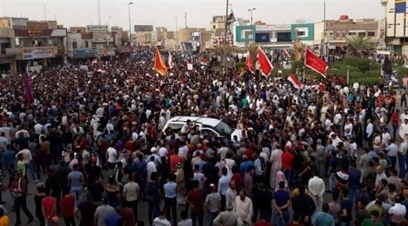 محتجون عراقيون (أرشيف)