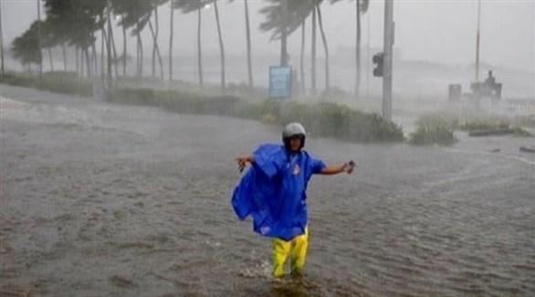 الفلبين تستعد لإعصار كاموري القوي