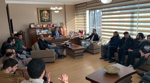 عناصر الإخوان مع ياسين أقطاي مستشار أردوغان
