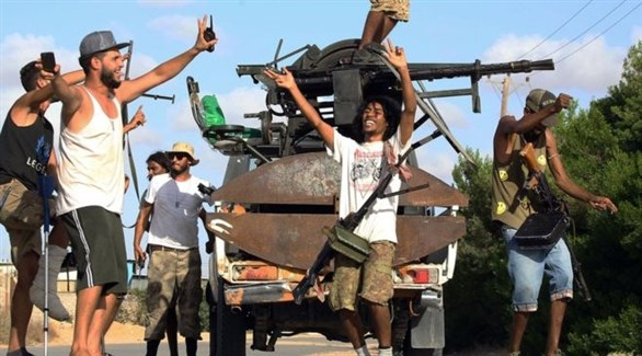 مسلحون من إحدى الميليشيا في طرابلس الليبية (أرشيف)