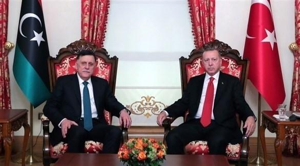 الرئيس التركي والسراج خلال أحد اللقاءات (أرشيف)