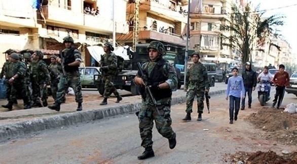قوات للنظام السوري تنتشر في إحدى المدن (أرشيف)